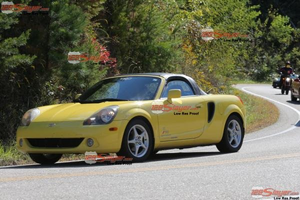 Showcase cover image for richardspyder12's 2001 Toyota MR2 Spyder